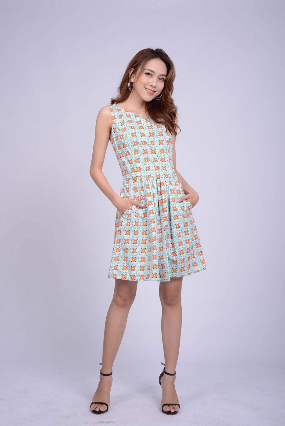 váy-ngắn-phong-cách-giá-rẻ-thời-thượng-saigon-cassis-roses-trang-phục-nữ-may-đo-thủ-công-tp-hcm-trang-phục-chất-lượng-cao-sài-gòn-thời-trang-nữ-sài-gòn-đầm-váy-nữ-quần-áo